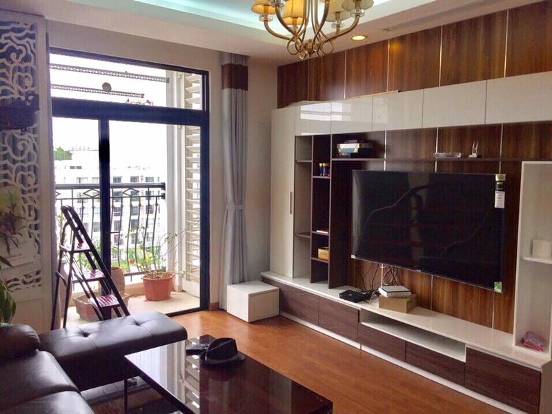 Cho thuê căn hộ Royal City R4 2 ngủ Đủ đồ – 18 triệu
