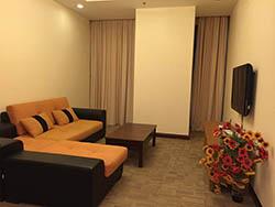 Cho thuê căn hộ R2 Royal City 109m2, Đủ Đồ