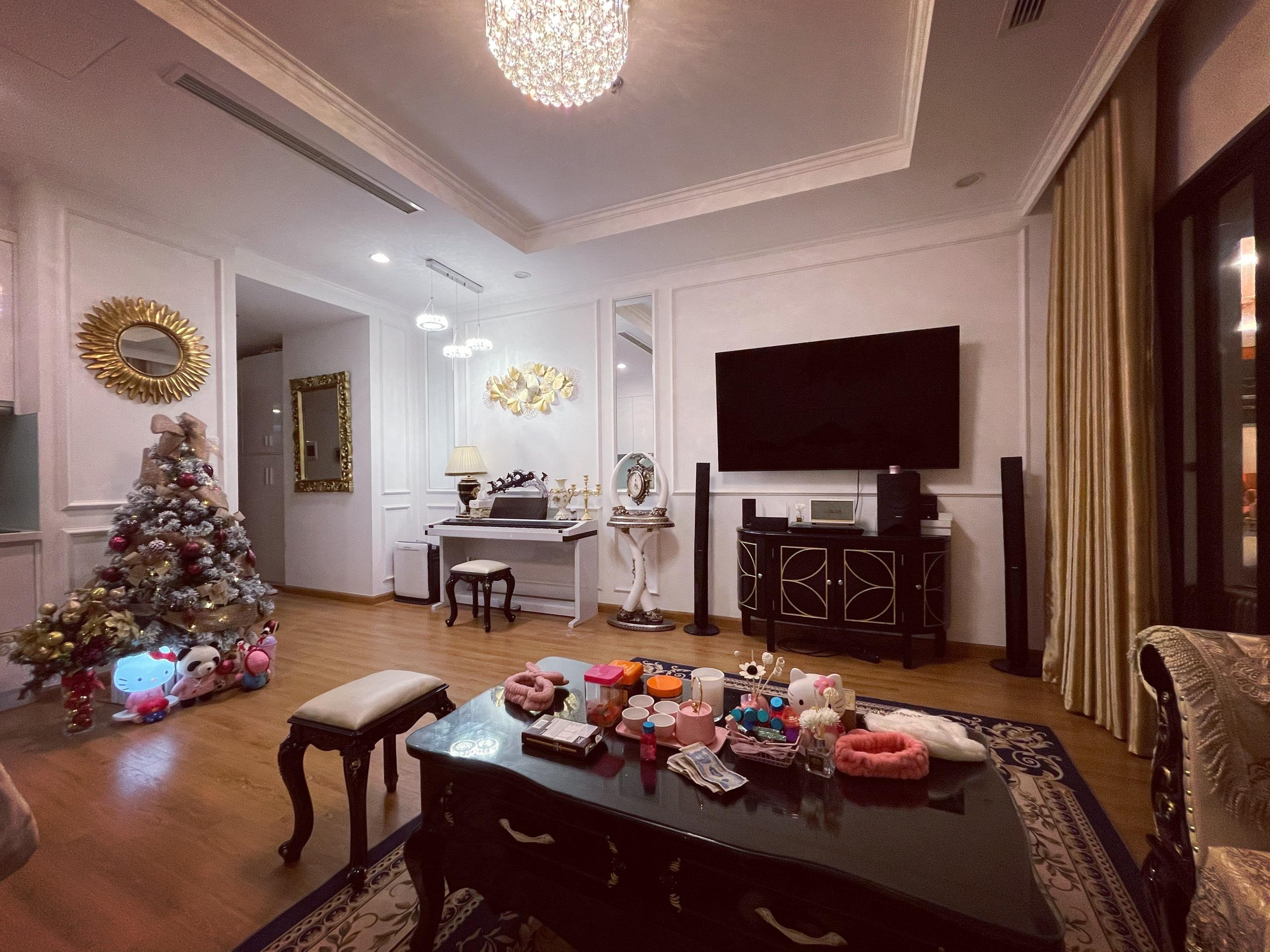 Bán căn hộ 1 phòng ngủ Royal City 55m2 tòa R6 Full nội thất